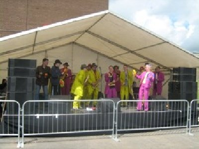 A ska band take to the main stage