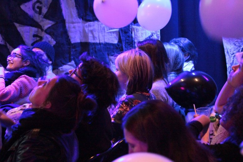 Audience and balloons